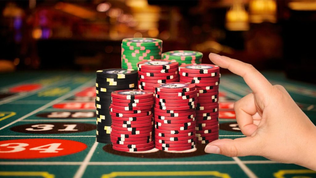 How To Win At Roulette With the Best Odds