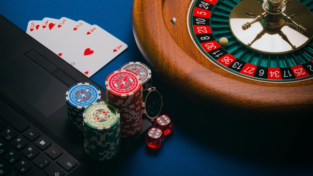 Types of Online Gambling Betting That Are Easy to Get Involved In
